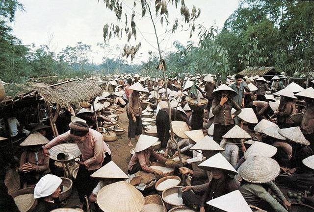 Trình bày những nét chính về tình hình Việt Nam trong những năm đầu sau Chiến tranh thế giới thứ hai